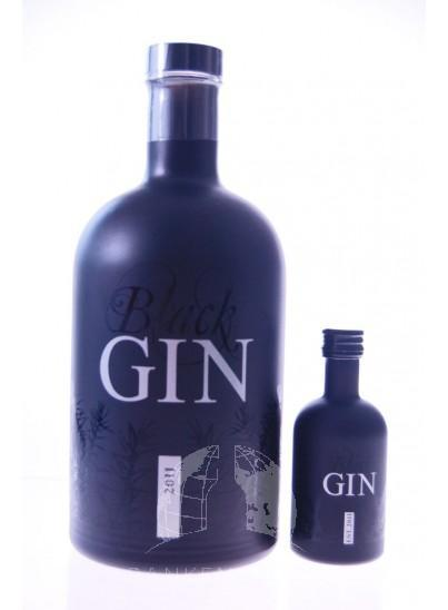 Black Gin 2011 Mini